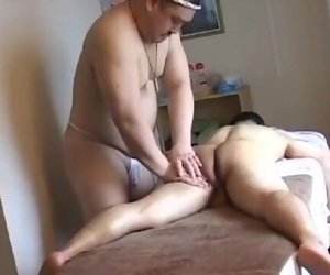 Asian Bear Rubdown