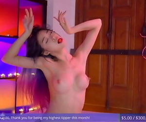 mind-blowing asian camgirl..